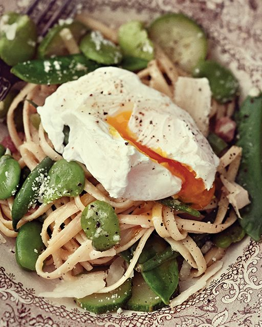 Ladle your plate with green veggies and pasta and top it with a poached egg. The deliciously runny yolk not only tastes great but also acts as a sauce!