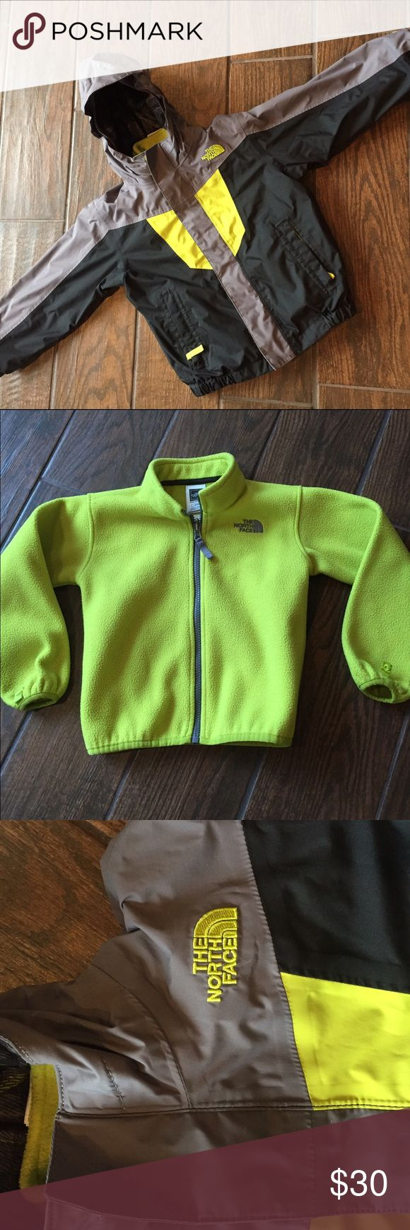 North Face toddler boys winter coat-fleece & shell North Face toddler boy winter coat-fleece and shell / smoke free home / not worn too often / slight pulling on fleece (see picture) due to wash North Face Jackets & Coats