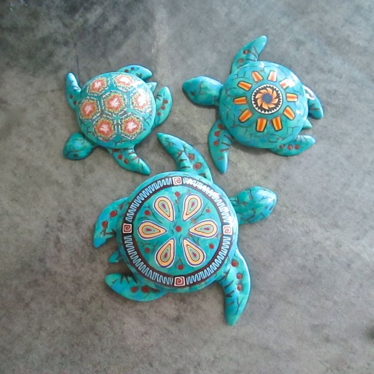 https://flic.kr/p/ub1MNQ   Three Faux Turquoise Sea Turtle Boxes by Deb Hart