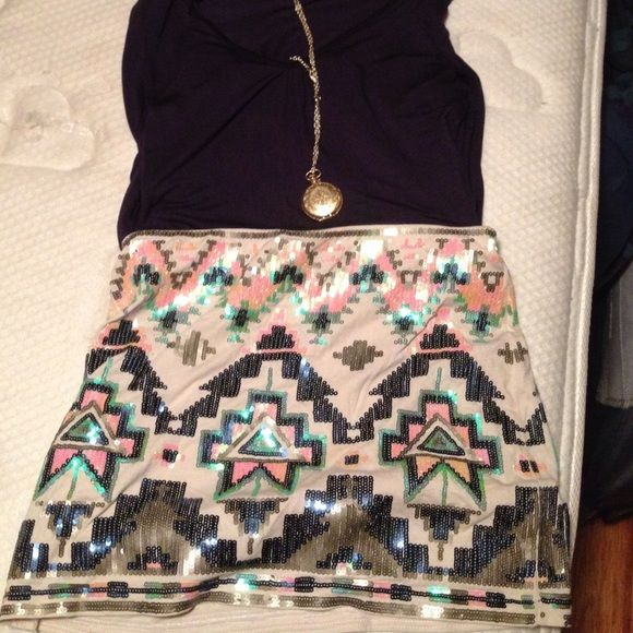 Express | Sequin Aztec skirt Cream with navy/pink/mint/grey sequins. Pairs nicely with mint tank, white blouse, navy sweater. Express Skirts Mini