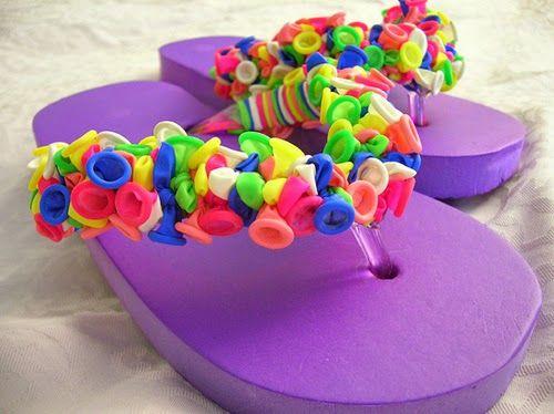 Como decorar chinelos com bexiga ou balão de festa | UMA CASA IGUAL A SUA