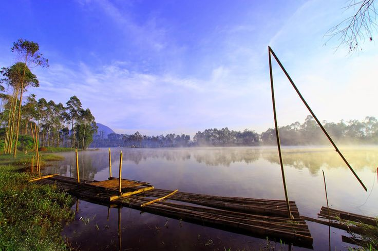 Boat ride or Love Bridge at Situ Cileunca (Bandung)