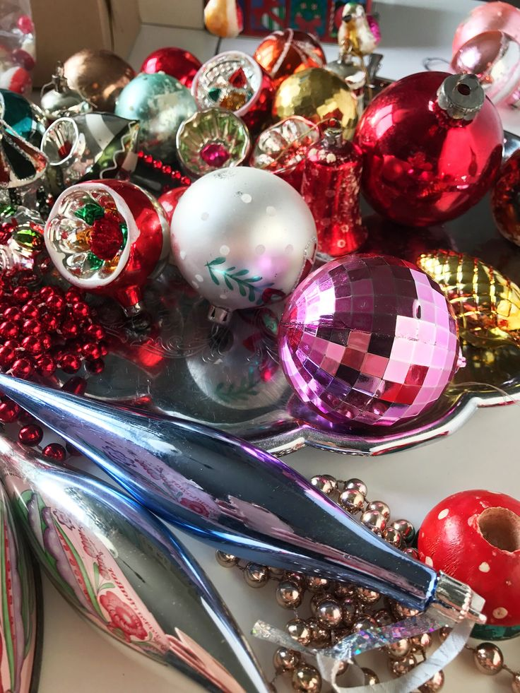 Lovely Swedish vintage Christmas ornaments in glass. Handmade. Soon in the Etsy shop Inspiria