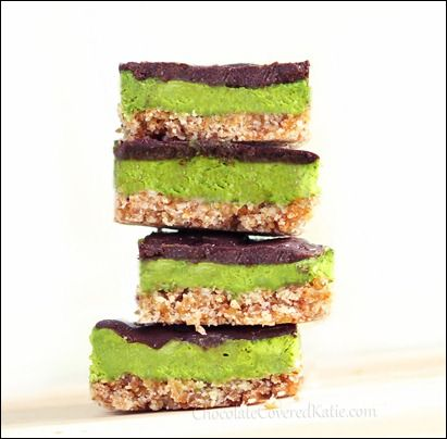 No-Bake Mint Chocolate 3 Layer Bars - secretly healthy http://chocolatecoveredkatie.com/2013/08/26/mint-chocolate-nanaimo-bars/