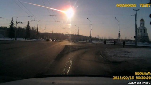 BBC News - Meteor fall 'injures hundreds' in central Russia