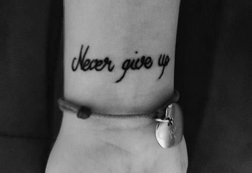 tatuaże na nadgarstku - Szukaj w Google
