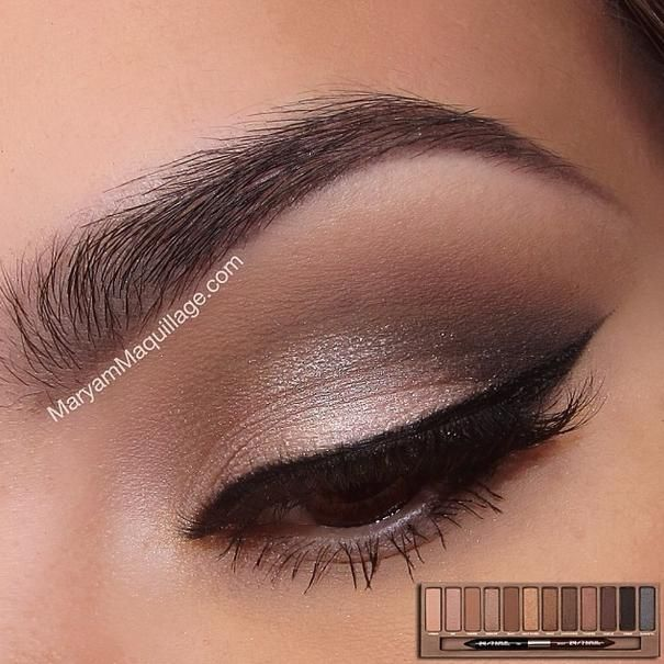 Angel - MAKEUP: I really like this. Maybe without the extended winged eyeliner though?