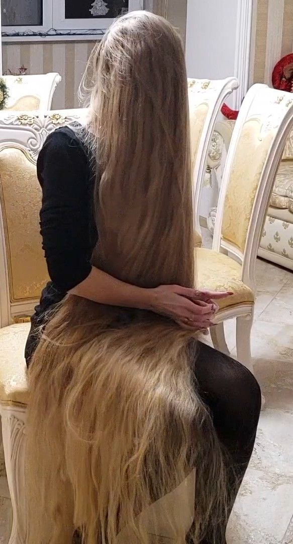 Video - So Silky, So Long  Long Hair Styles, Super Long -9118