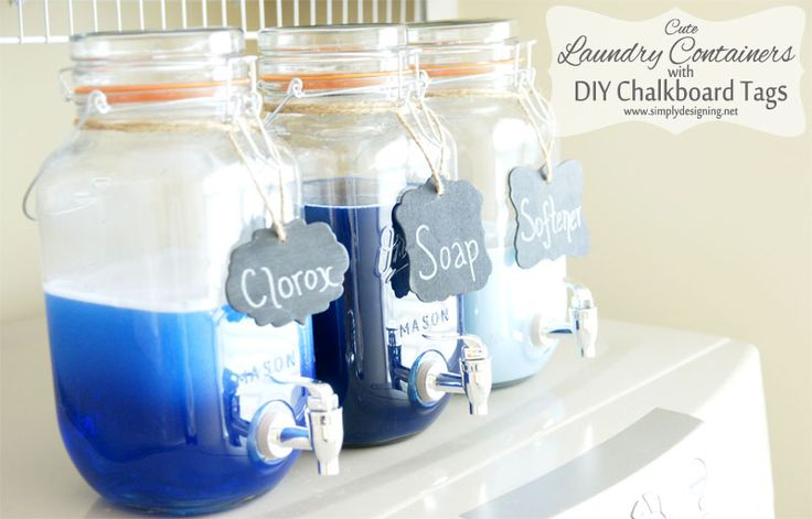 Cute Mason Jar Laundry Soap Containers with DIY Chalkboard Tags | #laundryroom #homedecor #chalkboard