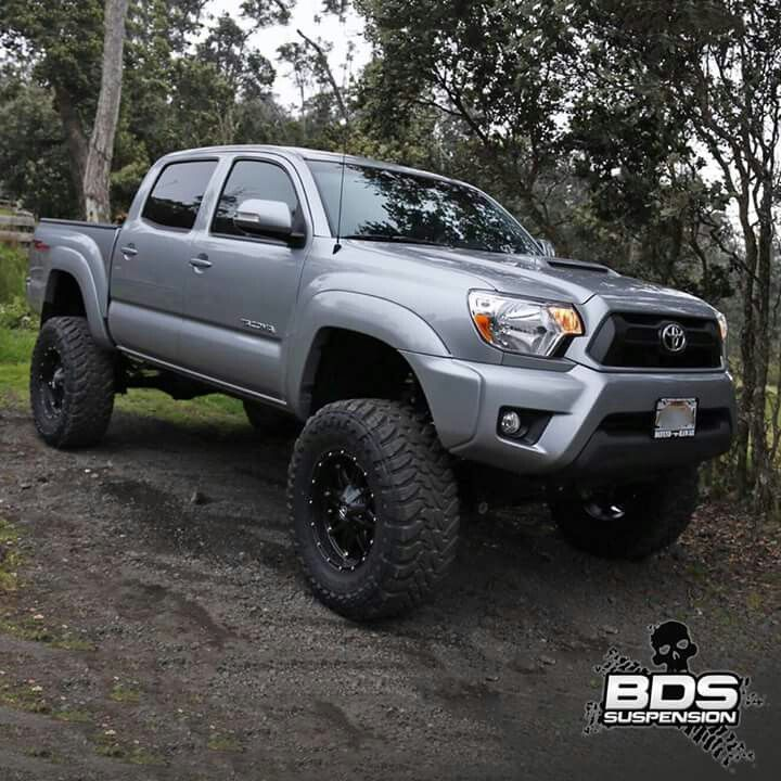 2015 Toyota Tacoma lifted
