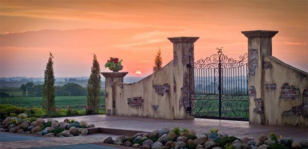 Iowa-Bella Terre Reception Hall & Vineyard - Iowa