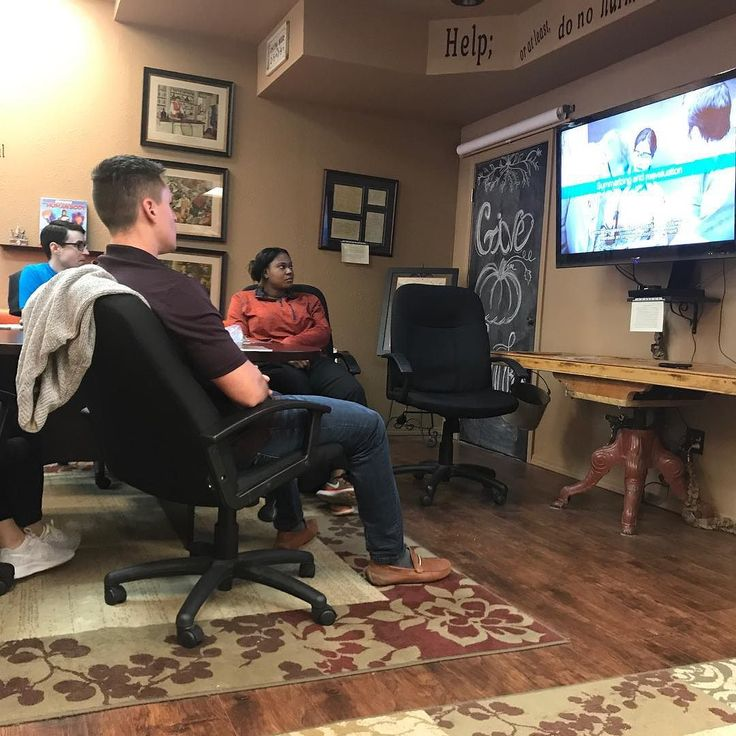 Its a Good Friday for a CPR class!  This fun group is using their day wisely to get those BLS Provider certifications renewed and avoiding the crowds in the stores.