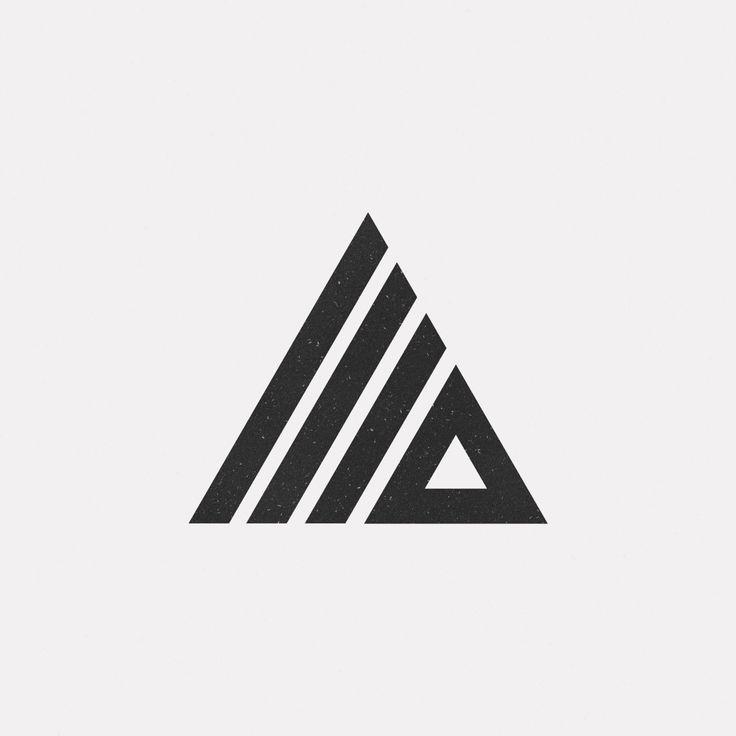 A heavier geometric form to block out the darker shades in the piece http://jrstudioweb.com/diseno-grafico/diseno-de-logotipos/