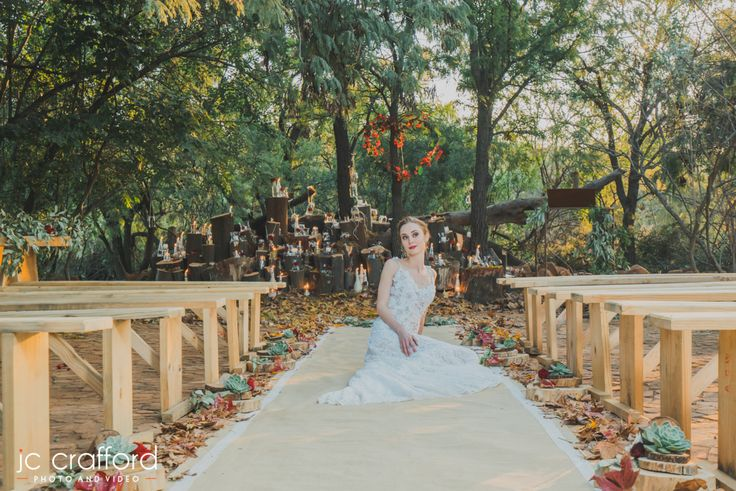 Get married in our Bushveld wedding venue. Outdoor ceremony weddings is absolutely wonderful for Winter and Spring. Casablanca Manor Wedding and Funtion Venue in Gauteng/Pretoria www.casablancamanor.co.za