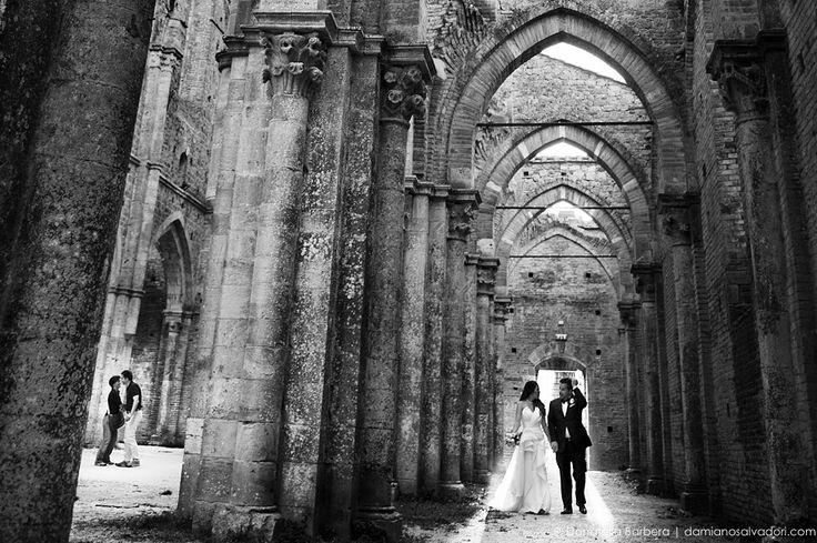 #wedding #weddings #weddingday #weddinginspiration #weddingphotography #weddingphotographer #weddingitaly #weddingtuscany #tuscanywedding #love #bride #groom #brideandgroom #marriage #portrait #weddingplanner #tuscany #donatellabarbera