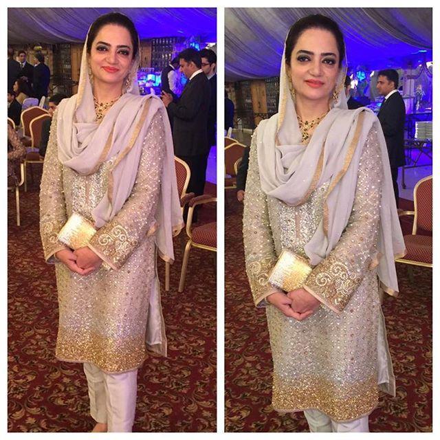 Faiqa Baksh stuns at a recent wedding in Lahore in #NazliAkbar #couture. Walk-ins welcome at the boutique Mondays, Wednesdays and Saturdays from 3 PM - 6 PM. #clientdiaries #NazliAkbarGirls #madetoorder #swarovski #handwork #handembellished #wedding #formal #winterwedding #Karachi #Lahore #Pakistan