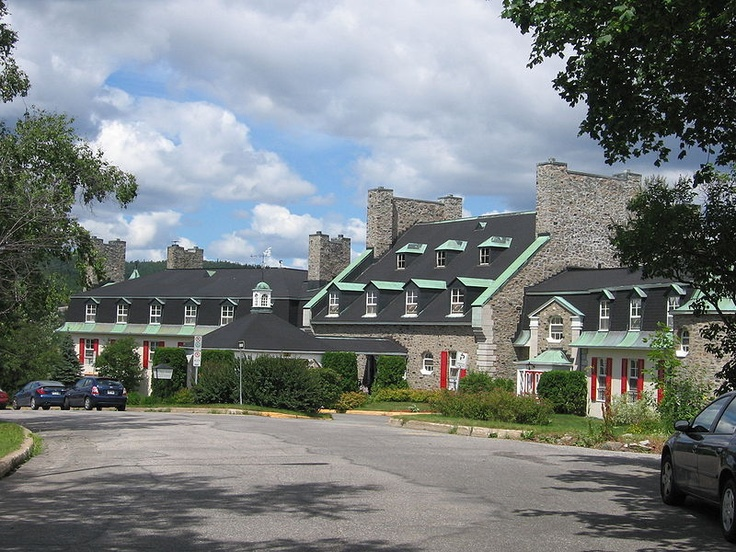 Baie-Comesu, Hôtel Le Manoir