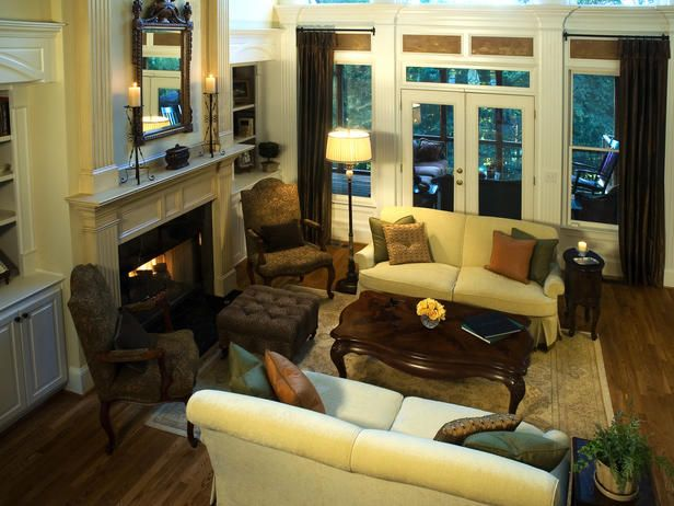 Small tv room furniture arrangement room with for Tv room furniture placement