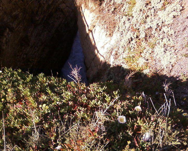 Cueva del Pirata, desd arriba del acantilado, Quintero