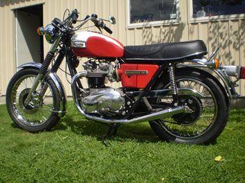 Triumph Bonneville 1977