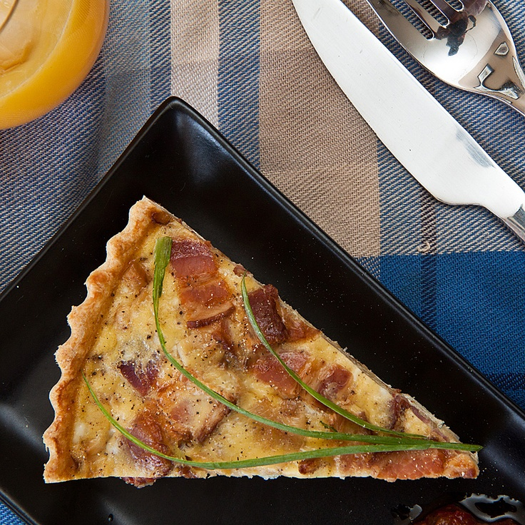 Leek and Bacon Quiche READ THE RECIPE ► http://www.thermomix-recipes.com/2012/03/bacon-and-leek-quiche-thermomix-recipe.html