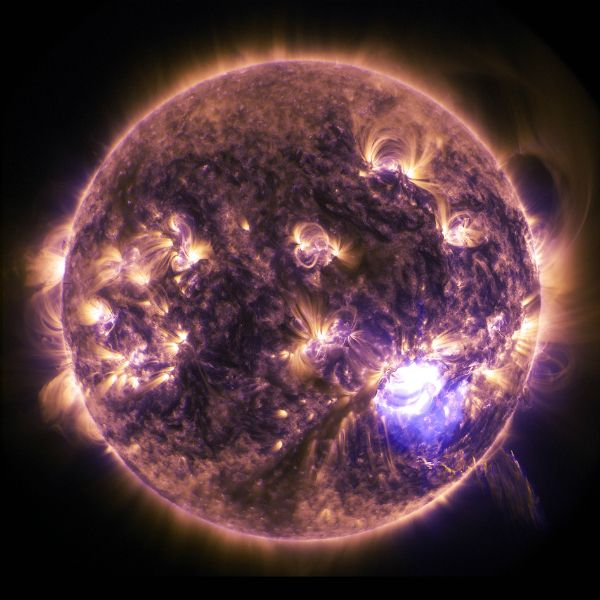 Sun: What a spectacular view! The sun puts on a display just in time for the holidays, sending out one of the most powerful solar flares this year.
