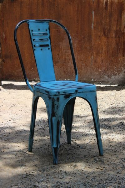 Fantastic metalchair in turquoise. Rustic, vintage, modern, upcycled, repurposed, chair, stol, metallstol, zinkstol, zink, scandinavian, shabby chic, industrial, industrial design, industrial interior.