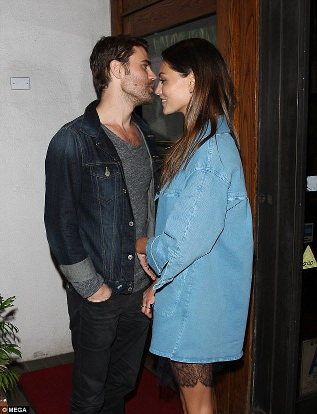 Rekindling the romance? Australian actress Phoebe Tonkin, 27, and Paul Wesley, 34, may be back on, with the pair putting on a very cosy display during a romantic dinner date earlier this month