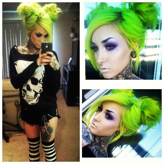 "I posted this way too many times. But olive my look yesterday. So deal wif itttttt. ❤ ""I feel like my hair do looks like Dracula in Bram Stoker's"" lol. HALLOWEENY...that or im the girl version of Beetle Juice."