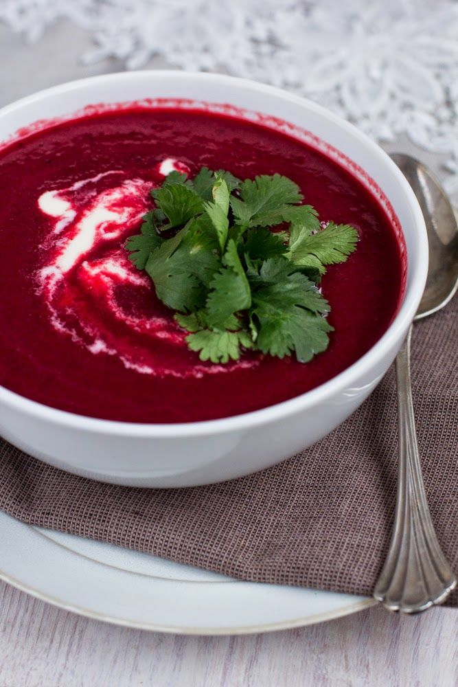 Zupa krem z pieczonego buraka #gryz #MagazynGRYZ