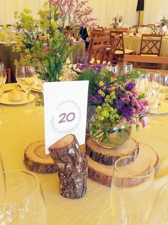 El sofa amarillo numeros de mesa boda rustica 2 de boda pinterest mesas and sofas - Ideas para decoracion rustica ...