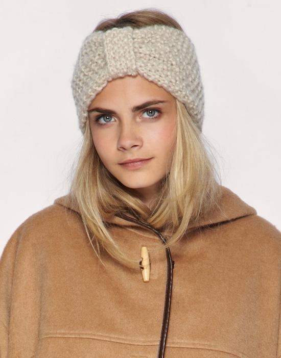 diadema turbante de lana.