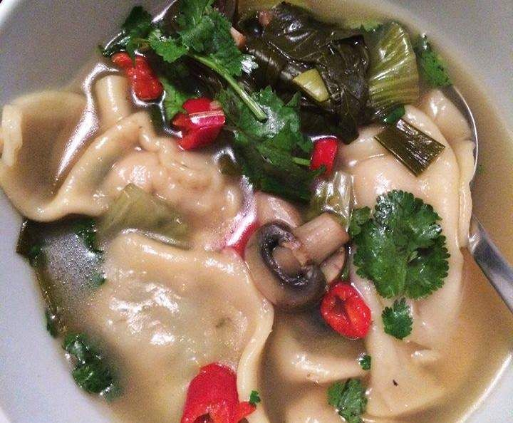 Recipe Pork Dumplings with Asian Broth Soup by Aussie TM5 Thermomixer - Recipe of category Soups
