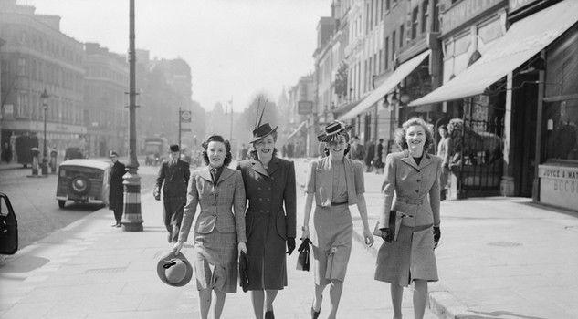 Fashion on the Ration: 1940s Street Style, all'Imperial War Museum di Londra una mostra racconta la moda ai tempi dell'austerità