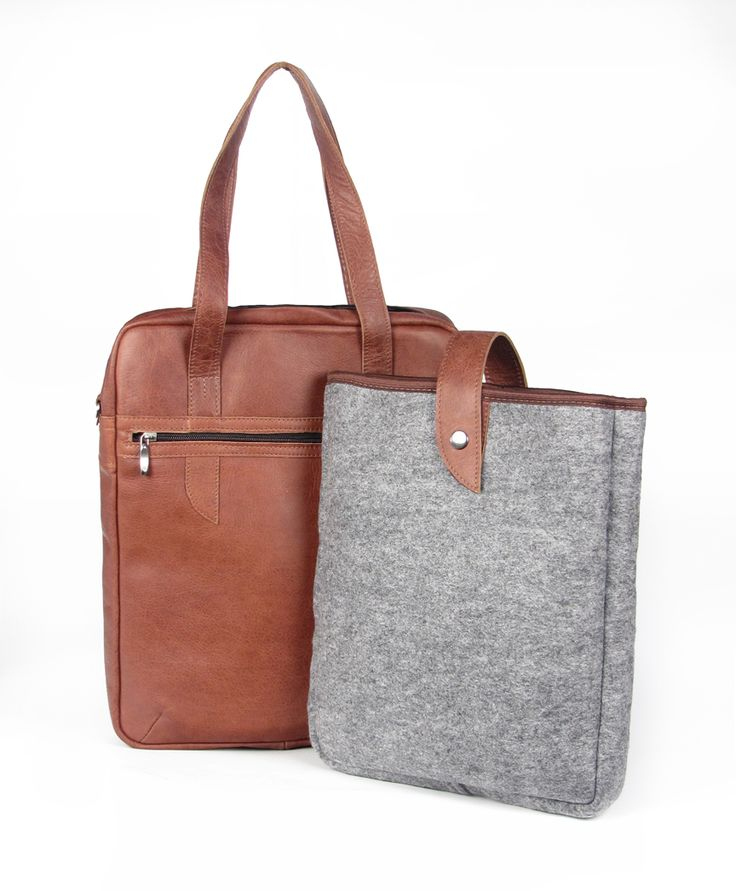 model: Charlie 100% natural leather; removable case for laptop; limited edition