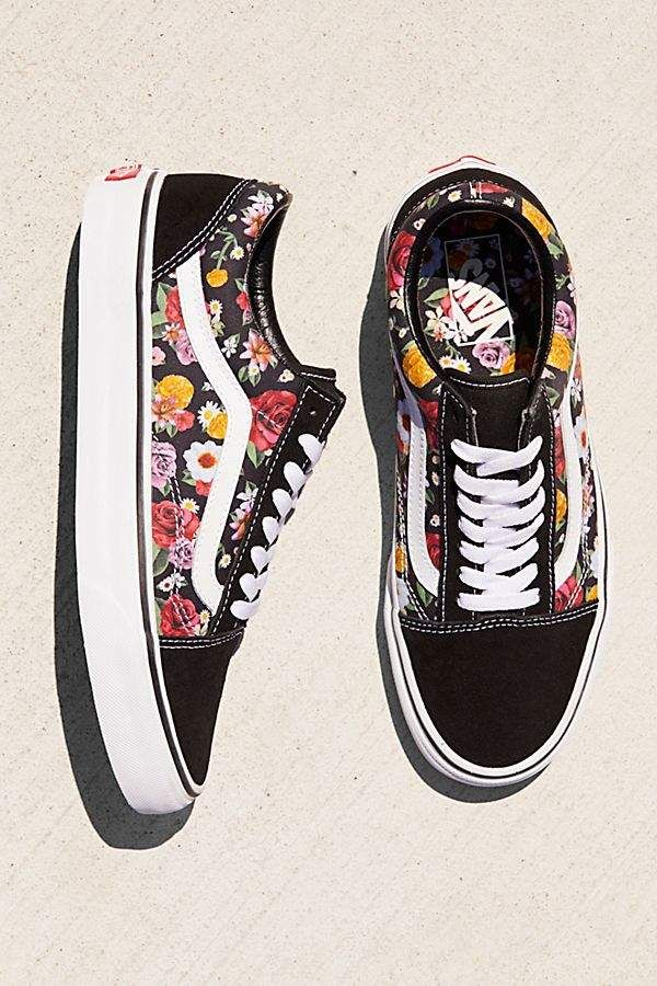 ac78523c94 Vans Old Skool Lux Floral Sneaker