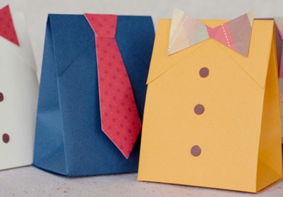 http://www.papercrave.com/downloads/fathers-day-tie-gift-box.pdf