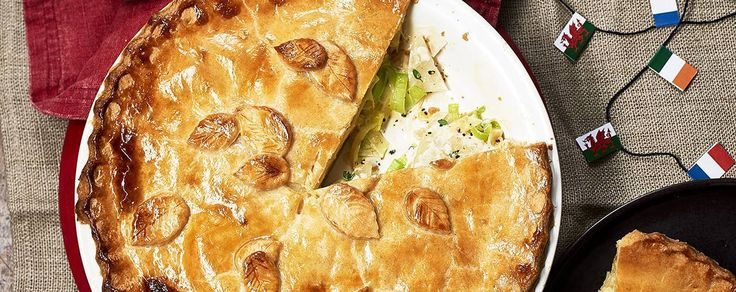 Cheese, leek and potato pie