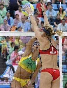 Kerri Walsh with an amazing block! My idol when it comes to volleyball!