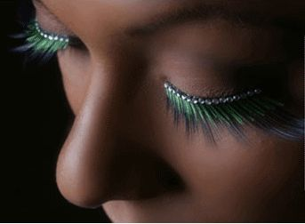 OLL 022 - Peacock coloured lash finished with a rhinestone lash line.