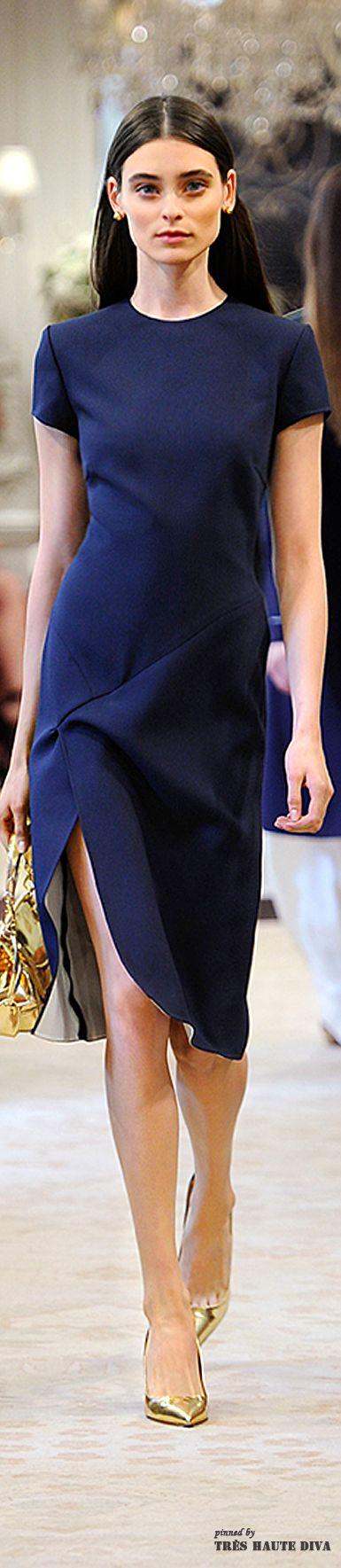 classic LBD with side slit (Ralph Lauren Resort 2015)