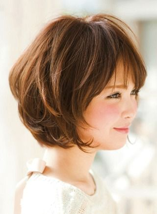Cute Short Bob Hairstyles with side Bangs