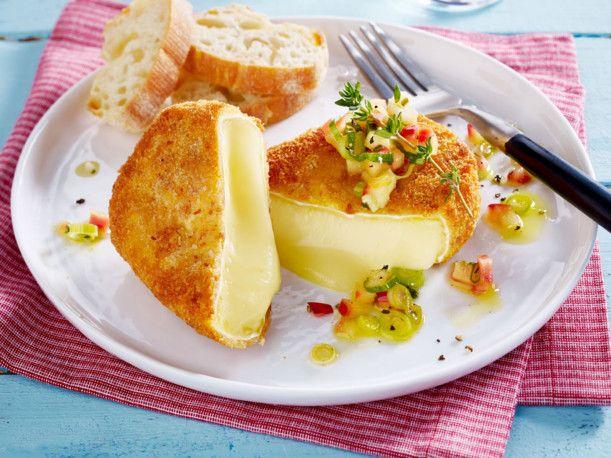 Unser beliebtes Rezept für Gebackener Camembert und mehr als 55.000 weitere kostenlose Rezepte auf LECKER.de.