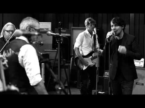 3JS & Bart Herman - Man In De Spiegel (Officiële Videoclip) - YouTube