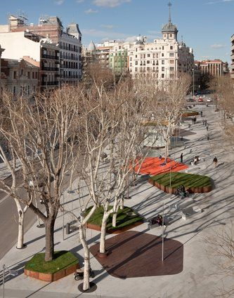 Nieto Sobejano Arquitectos || Plaza Santa Barbara  (Madrid, Spain)
