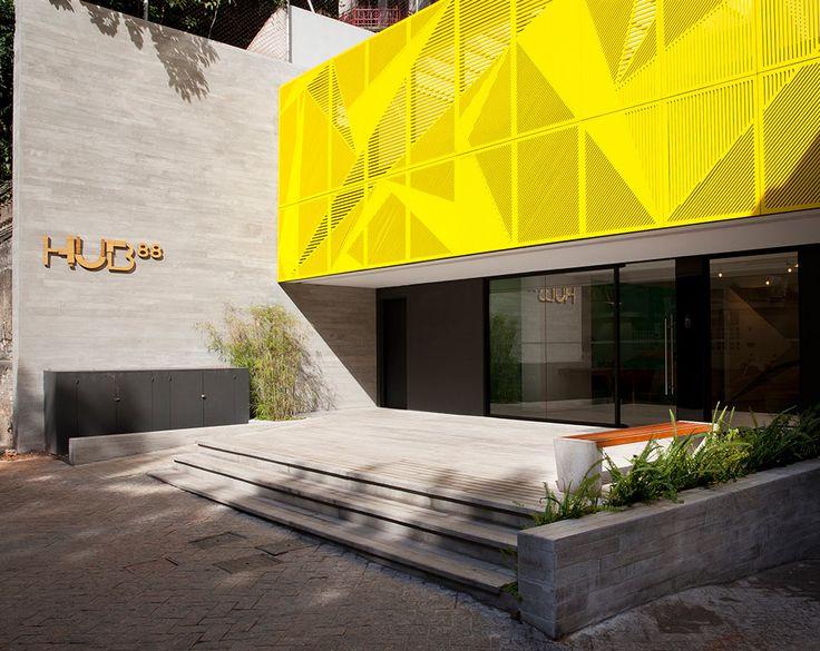 Lançado no início deste ano, o edifício residencial Hub 88 tem como alvo um público jovem, em sua maioria formado por estudantes de universidades próximas.