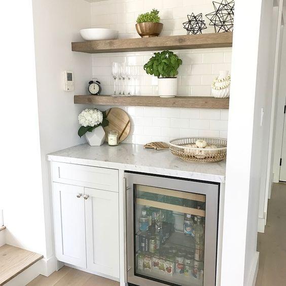 Kitchen Shelf Arrangement: Arrange Your Shelves In A Good Way