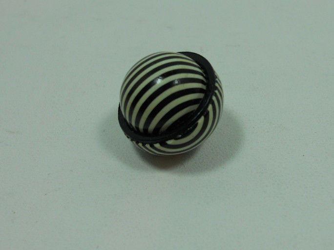 "1920s Celluloid Art Deco Optical Striped Black White 3 4"" Ball Button | eBay"