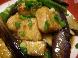 「揚げない♪簡単揚げだし豆腐♪」揚げないのでとっても簡単♪ササっと出来ちゃいます。茄子以外の野菜や、豆腐だけで作っても美味しいです。【楽天レシピ】