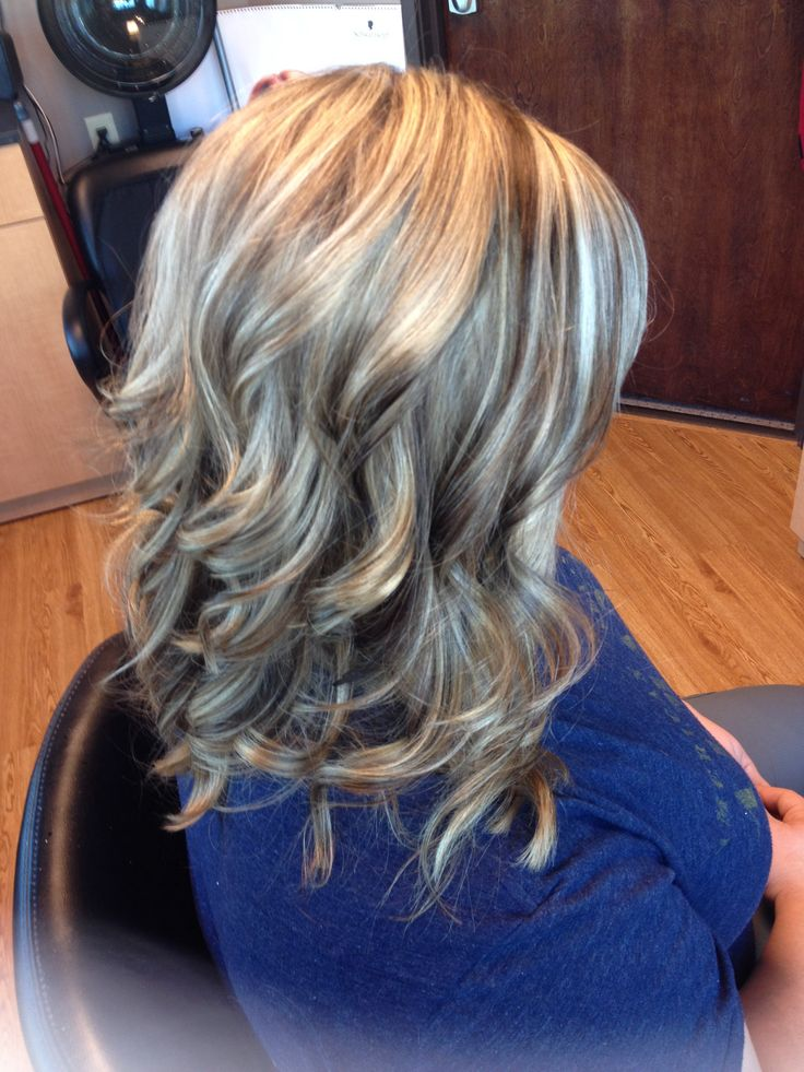 Blonde highlights/ brown lowlights curls | Hair by Melissa Lobaito ...